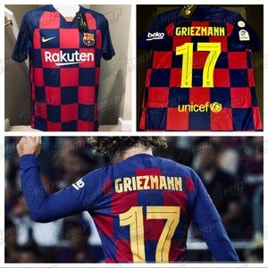purchase cheap fc153 e4f78 🔥 Nike 2019 Griezmann #17 Barcelona Soccer Jersey NWT